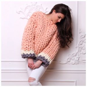 Sweaters - ❤️ The Fiorel Hand Knit Chunky Sweater